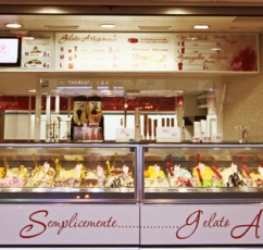 ice cream puerto marina benalmadena